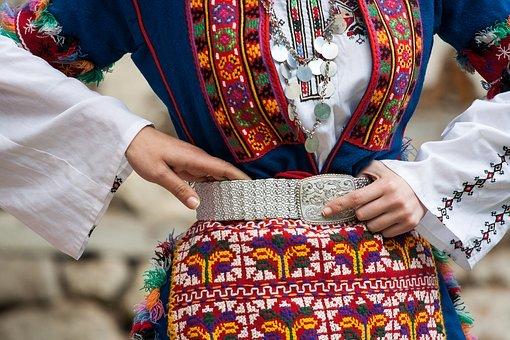 Bulgarian Folk Costume, Tradition